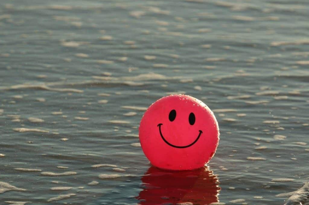 ball, beach, happy-1845546.jpg